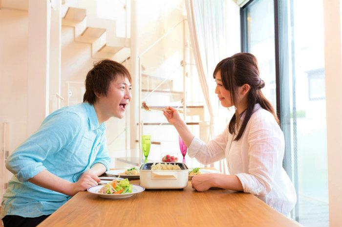 家庭的な女性の特性